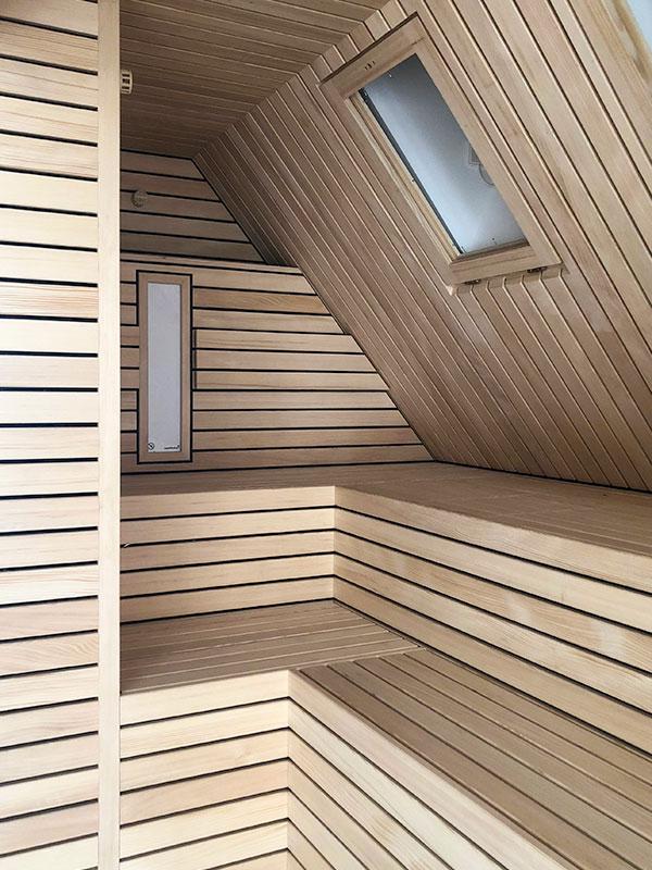 KOERNER Sauna unter dem Dach in Stuttgart