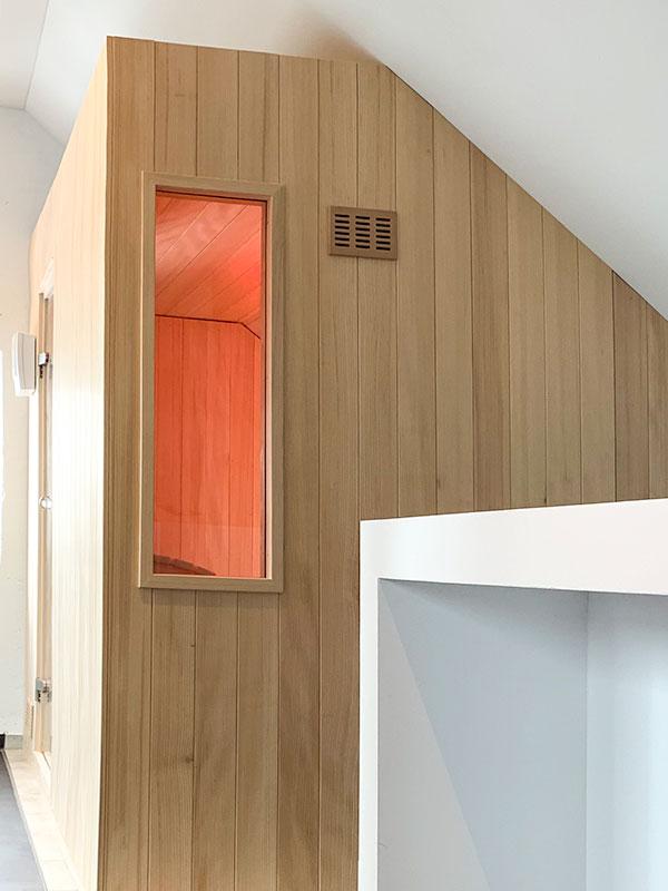 KOERNER Sauna MODUS EINHEIZER im Wellness-Dachgeschoss