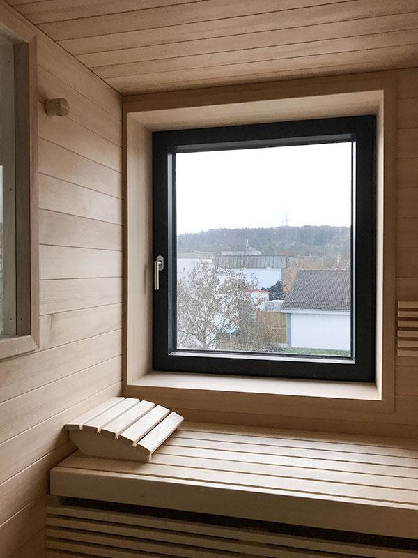 KOERNER Sauna mit Fenster im Neubaubad