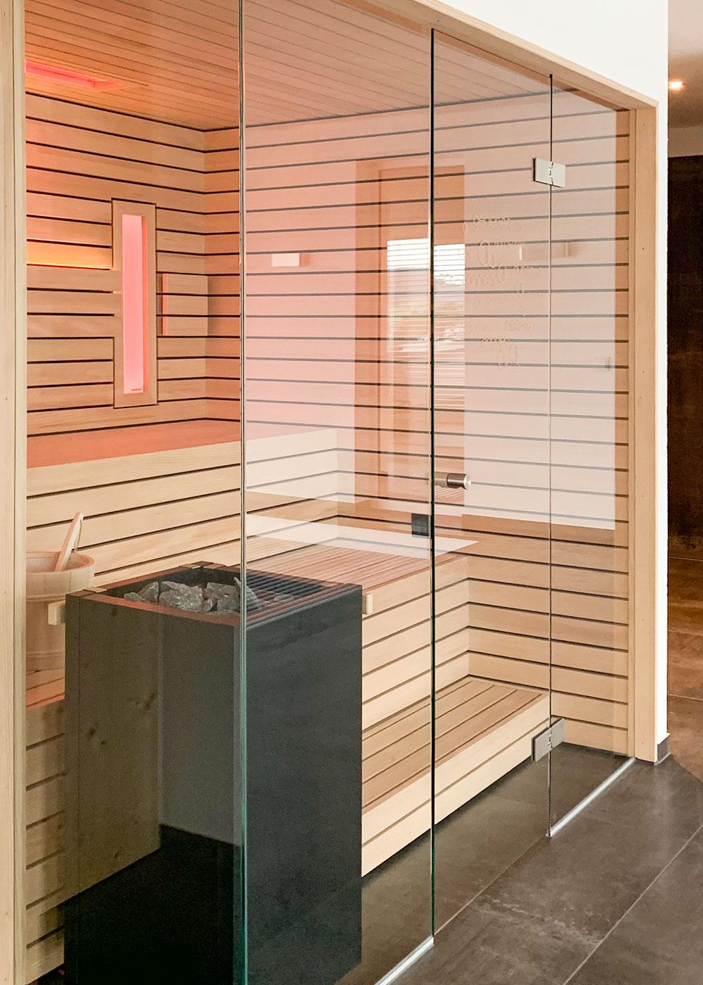 KOERNER Sauna mit Über-Eck-Verglasung