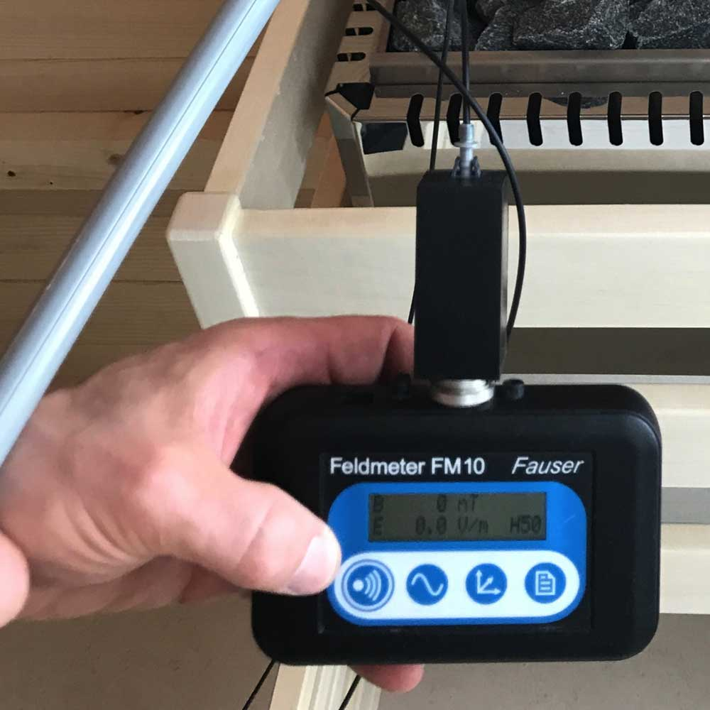 Sauna gegen niederfrequente elektrische Wechselfelder abgeschirmt