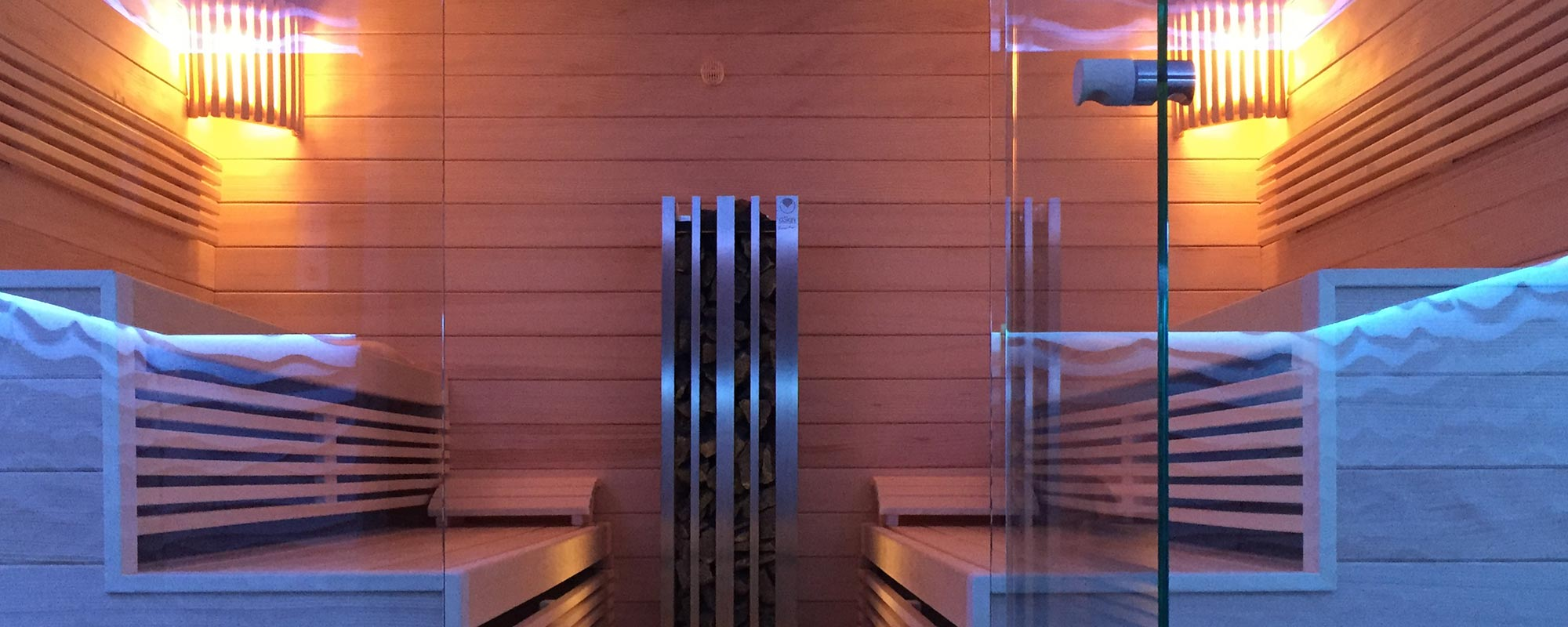 KOERNER Sauna mit Glasfront