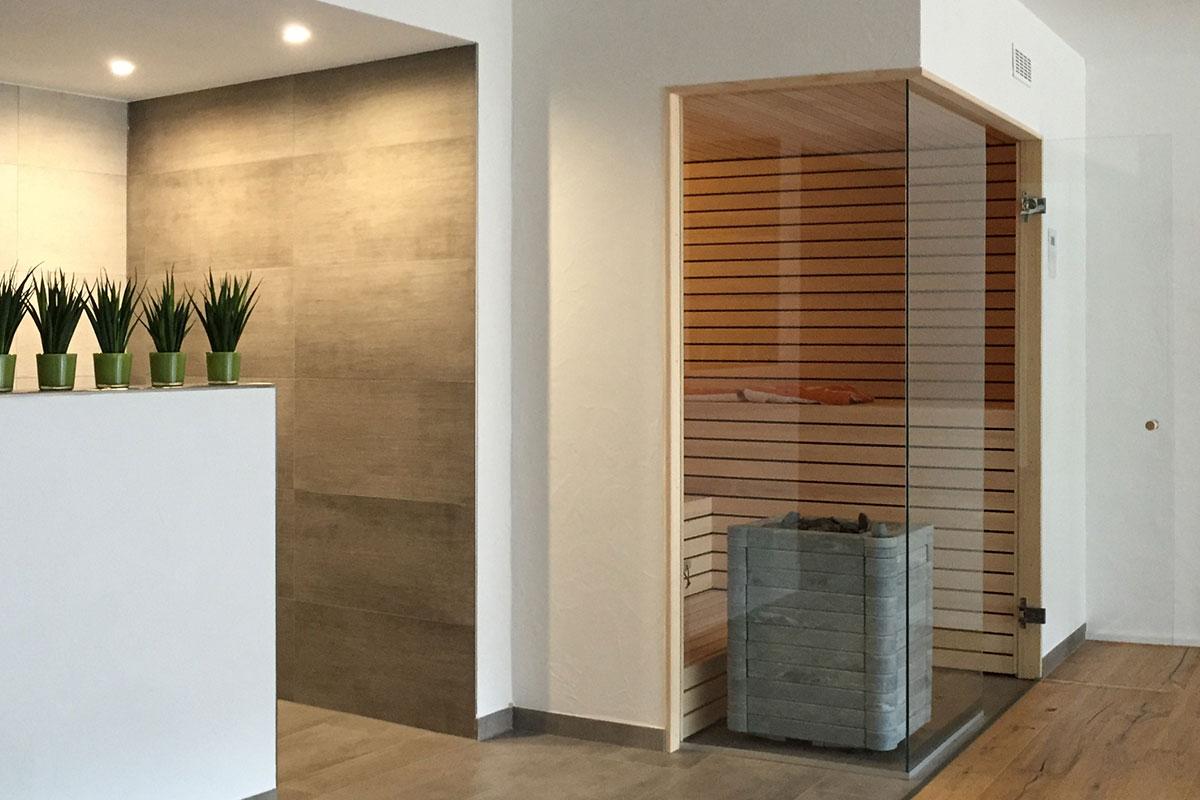 KOERNER Sauna mit Eckverglasung
